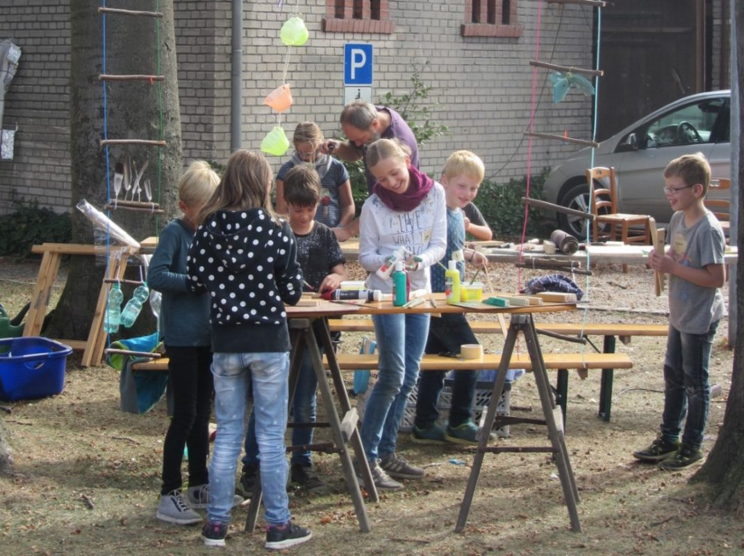 Künstlerdorf-Workshop mit Ulla Dirkmann